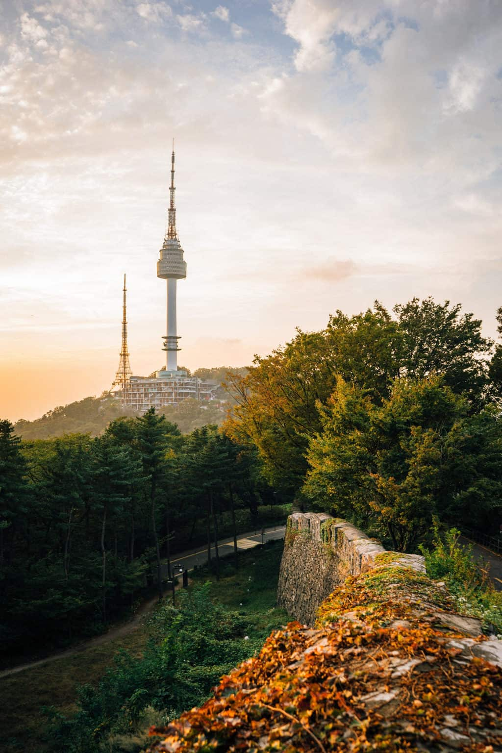 If you are visiting South Korea, you should definitely plan some time in Seoul. Read on for the spots you shouldn't miss in Seoul, South Korea. #SouthKorea #Korea #thingstodoinSeoul